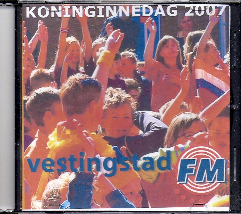 CD-004 Koninginnedag 2007 vestingstad FM