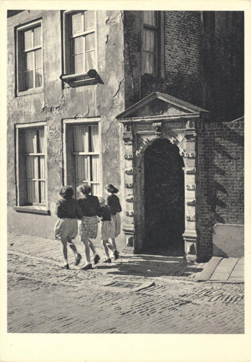 041 MONUMENT -- (W) (004) De Witt's poortje