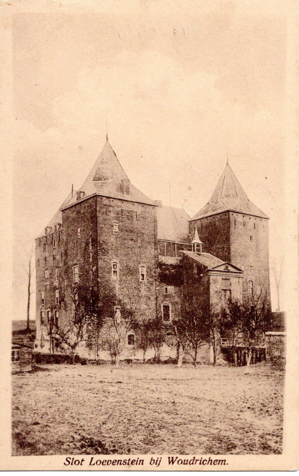 D7-Slot-Loevestein-bij-Woudrichem-1922