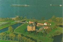 02k-Woudrichem-kasteel-Loevestein-ca1985