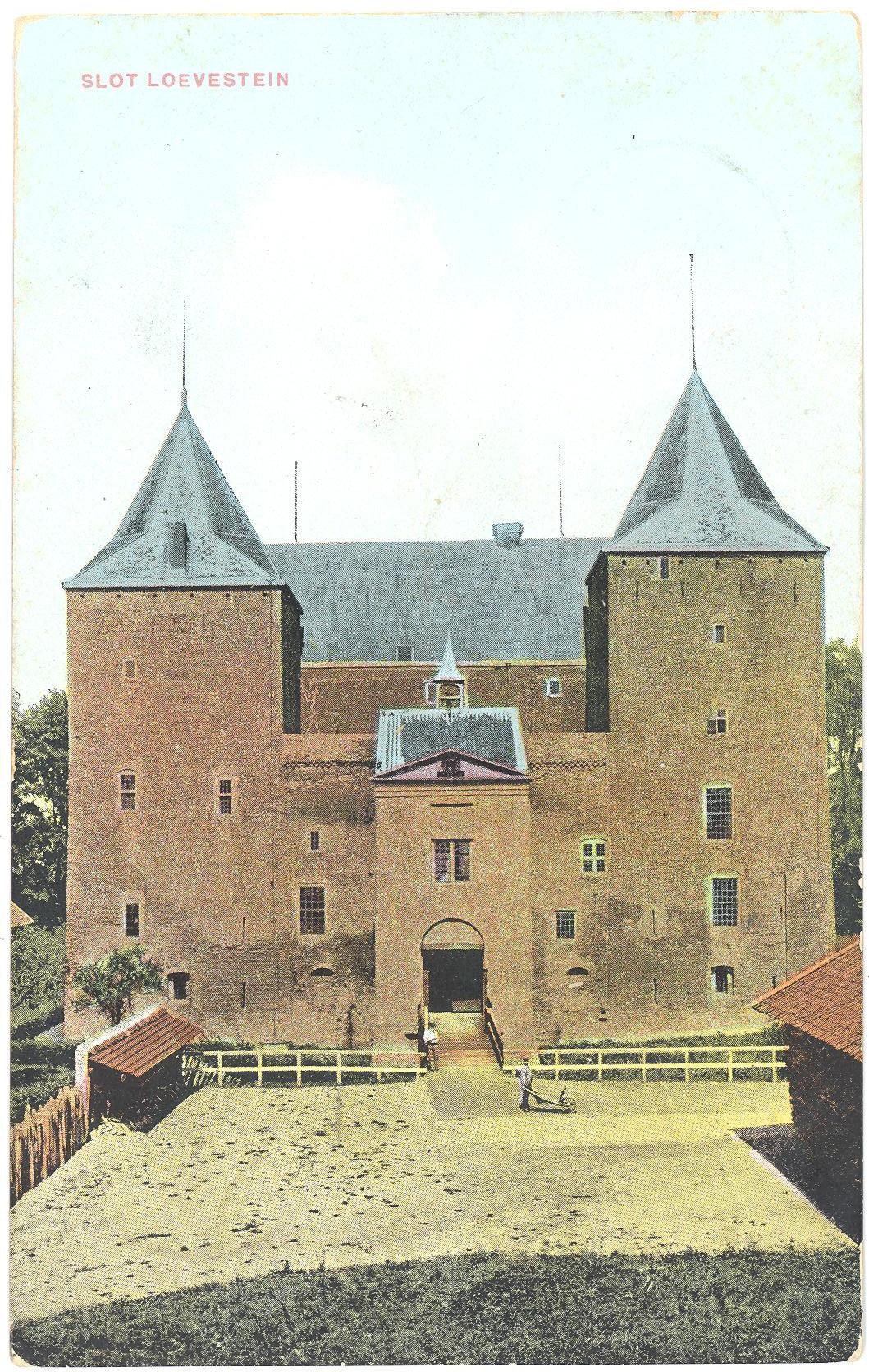 Slot-Loevestein-A13