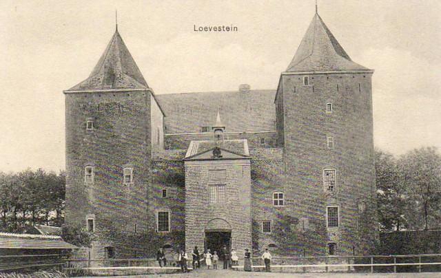 Slot-Loevestein-B12