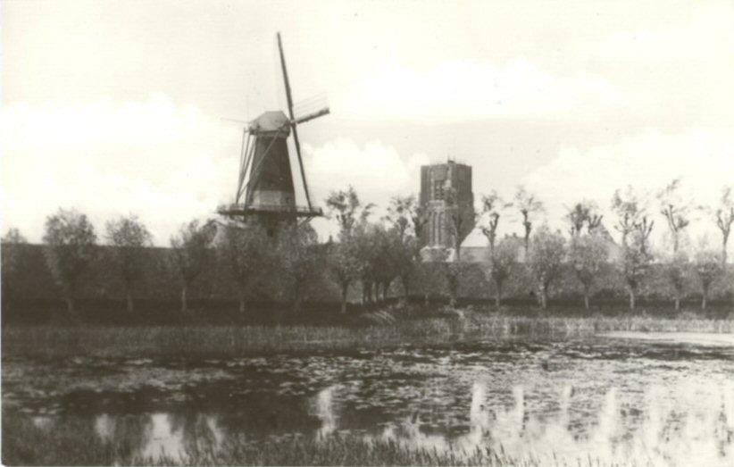 024 KERK -- (032) Toren en Molen