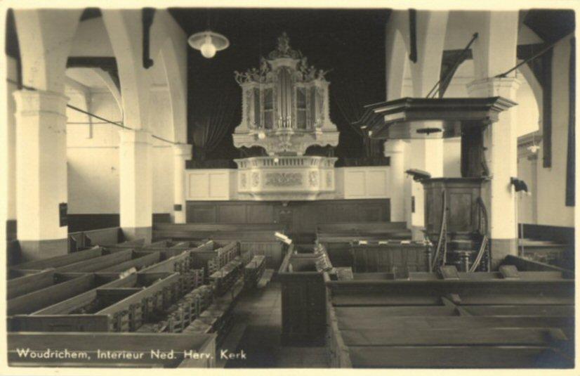 064 KERK -- (023) Interieur Ned. Herv. Kerk