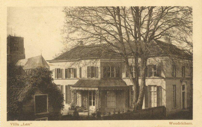 106 MONUMENT -- (P) (007) Villa Lau