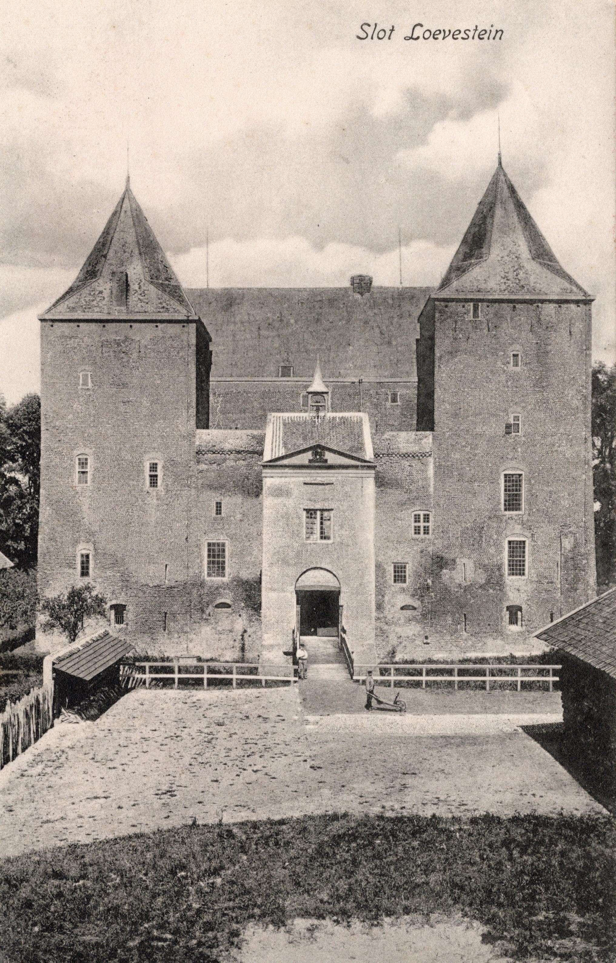 A1-Slot-Loevestein-1925