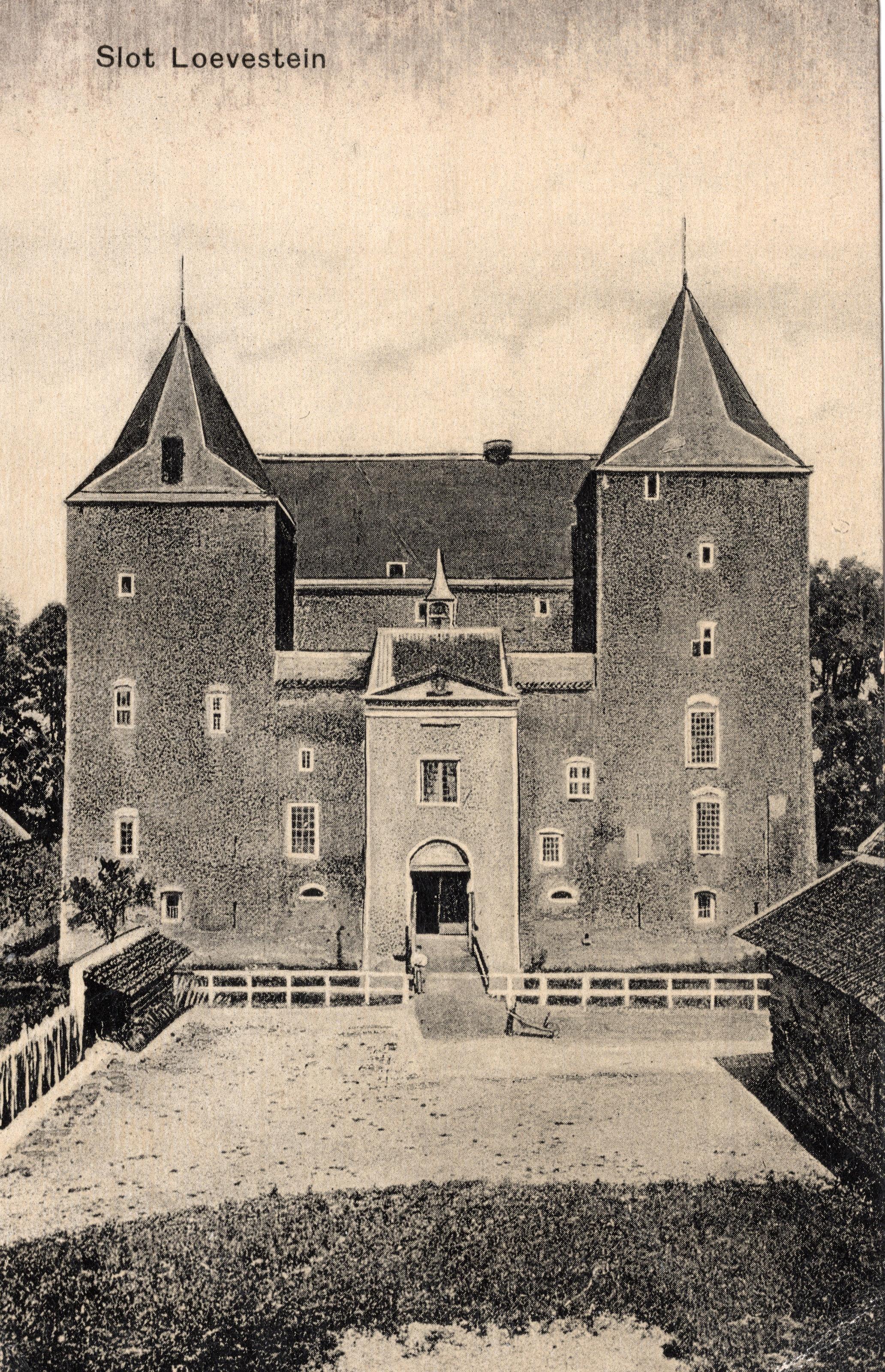 A2-Slot-Loevestein-1909