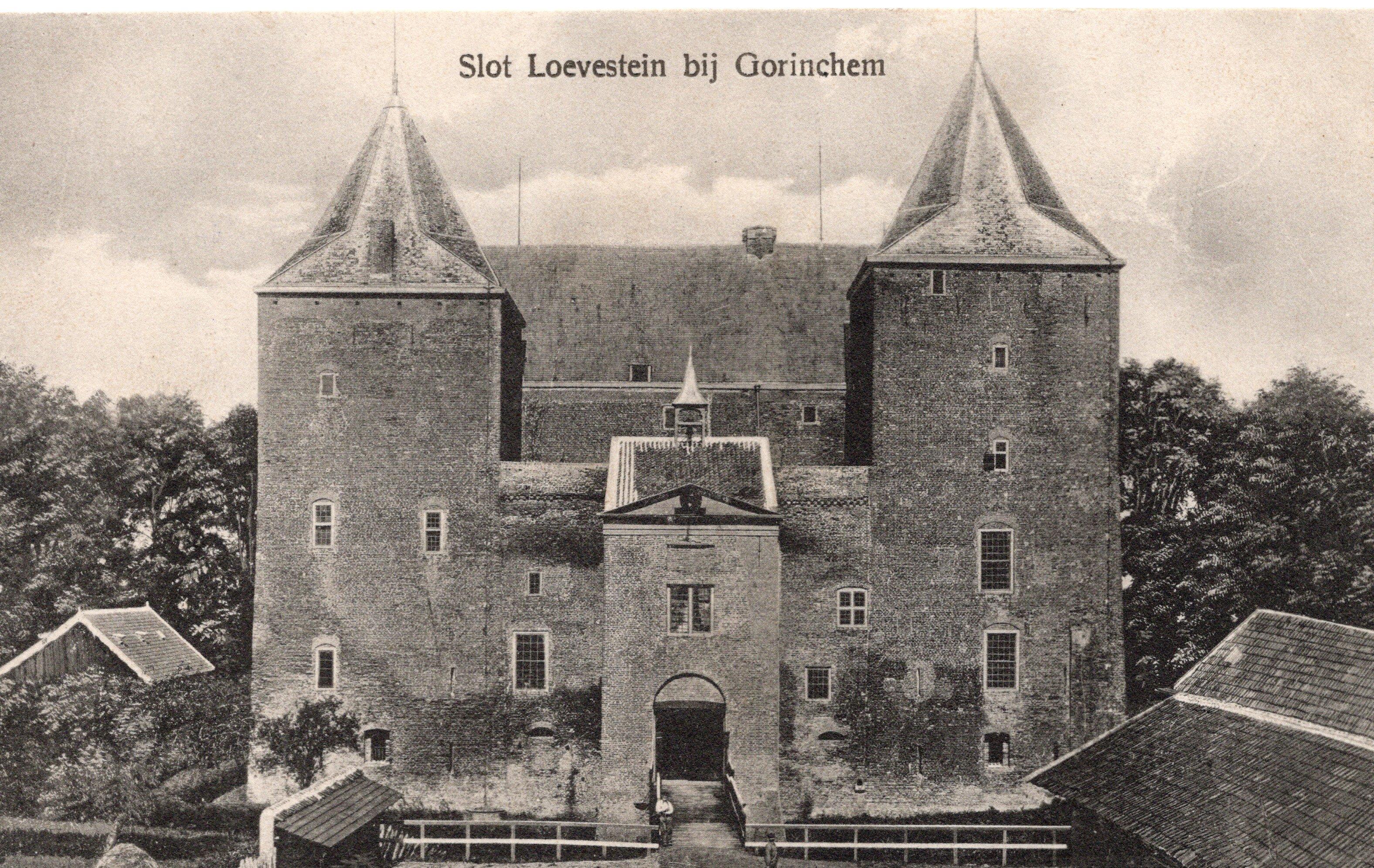 B3-Slot-Loevestein-bij-Gorinchem-1924