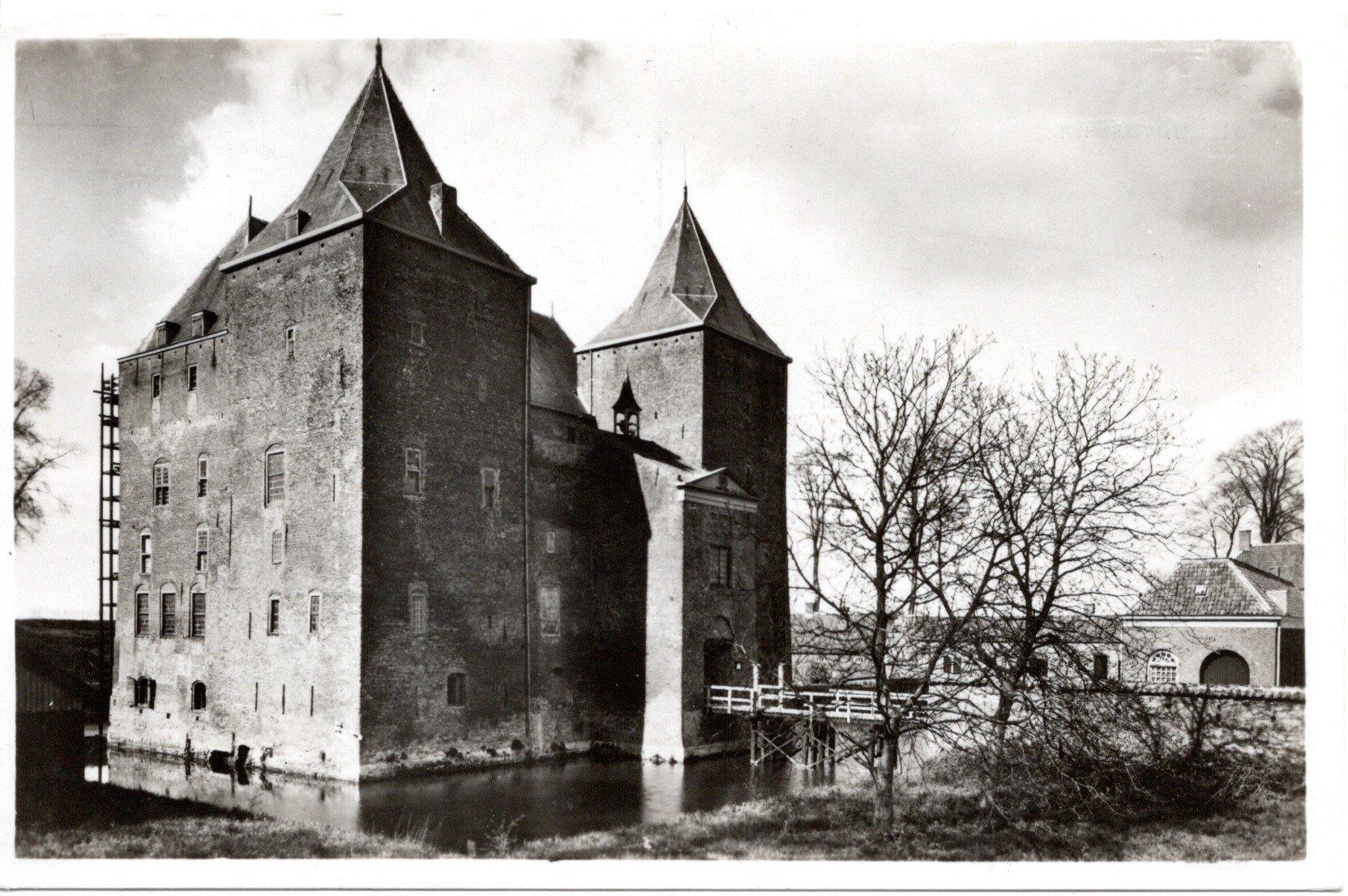 C2-Gorinchem-Slot-Loevestein-1943