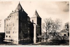 C17-Woudrichem-Slot-Loevestein-waar-eens-Hugo-de-Groot-verbleef-1941