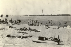 STRANDBAD -- (005) Strandbad