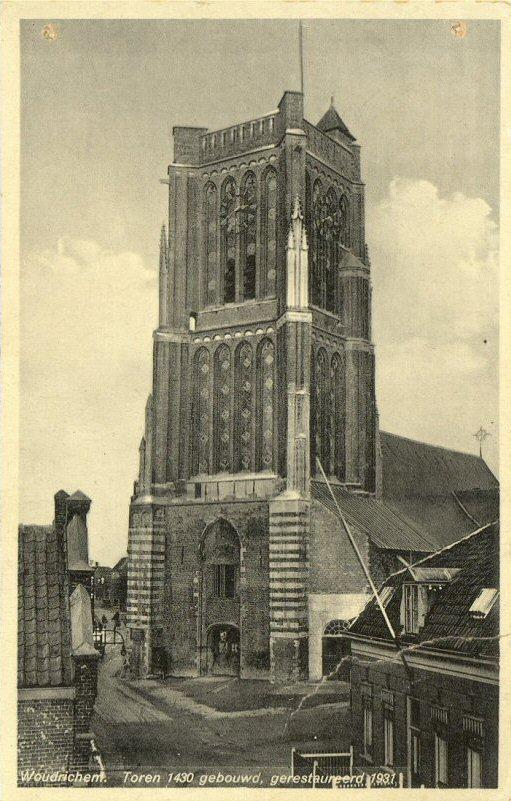040 KERK -- (012) Toren 1430 gebouwd, gerestaureerd 1931