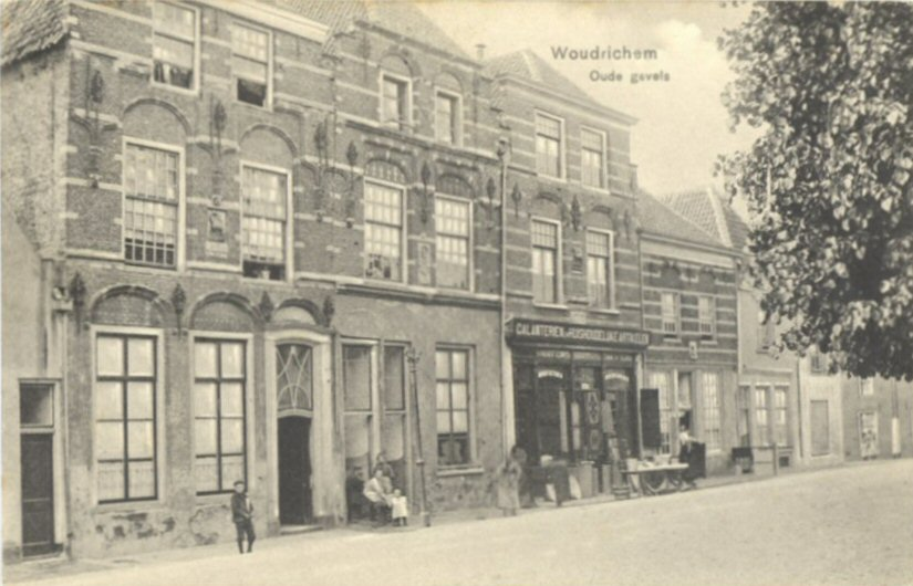 103 MONUMENT -- (O) (004) Oude Gevels