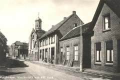 R.K. KERK -- (014) Visschersdijk met R.K. Kerk