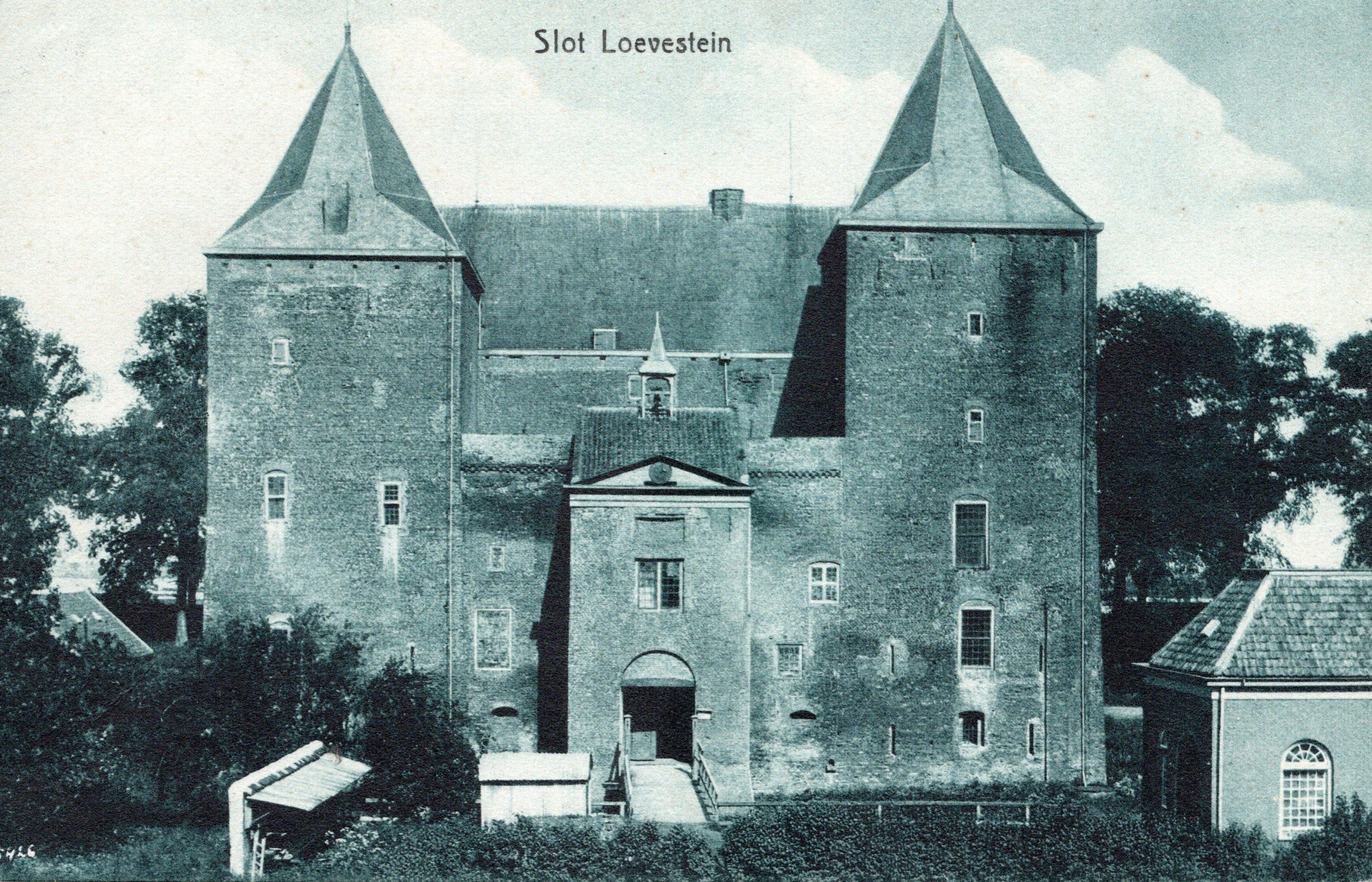 B1-Slot-Loevestein-1936