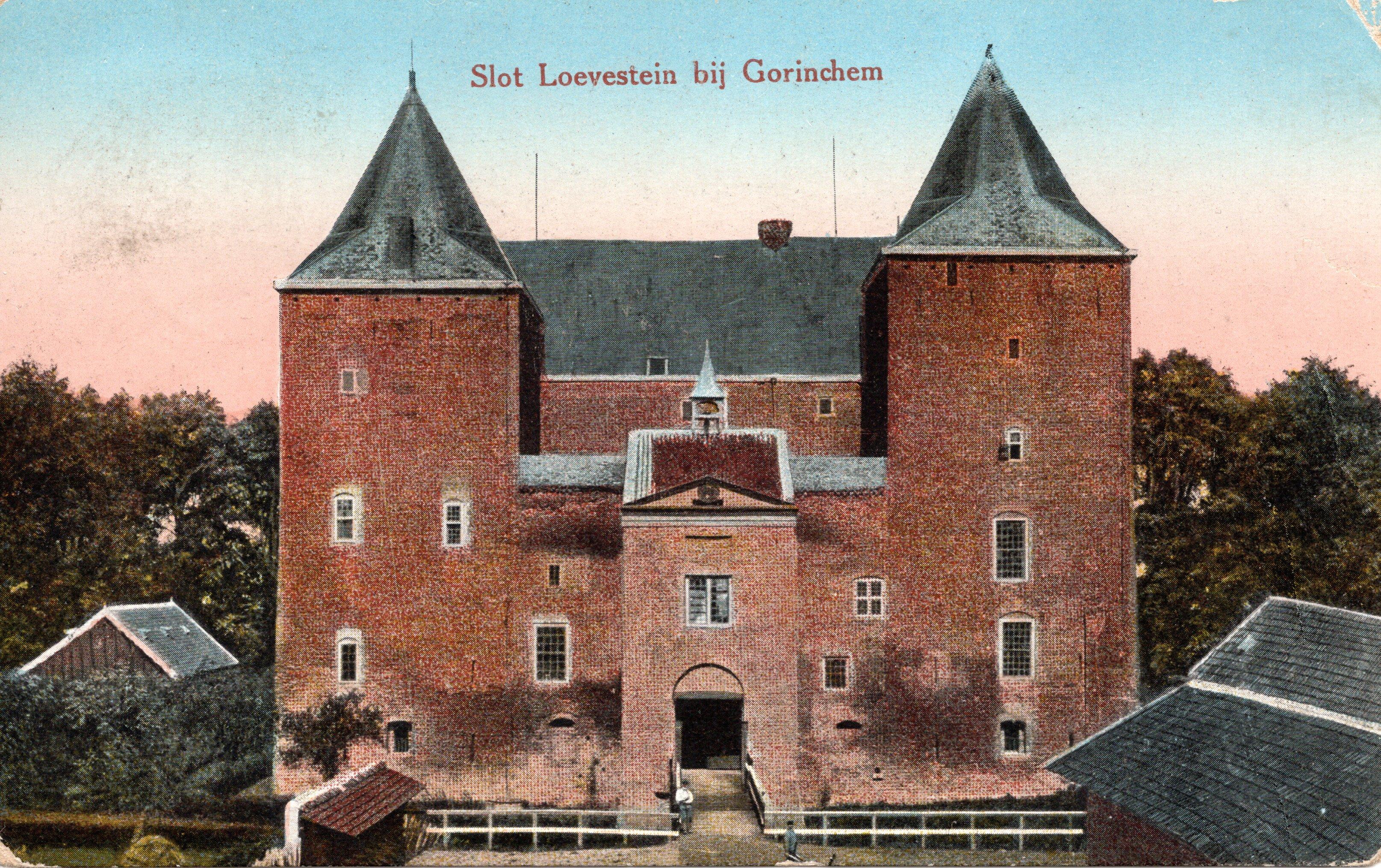 B18-Slot-Loevestein-bij-Gorinchem-1925