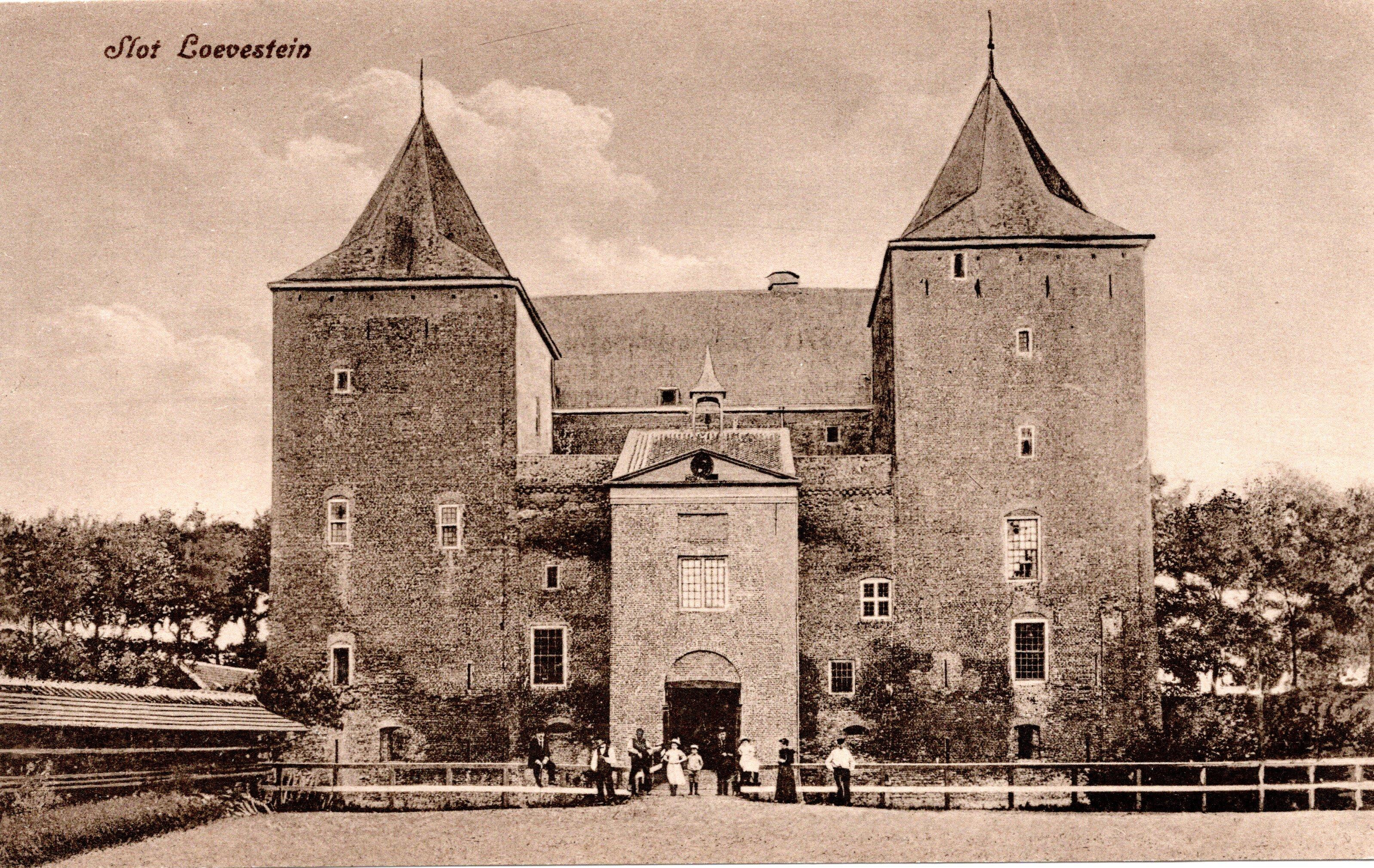 B40-Slot-Loevestein-ca-1910